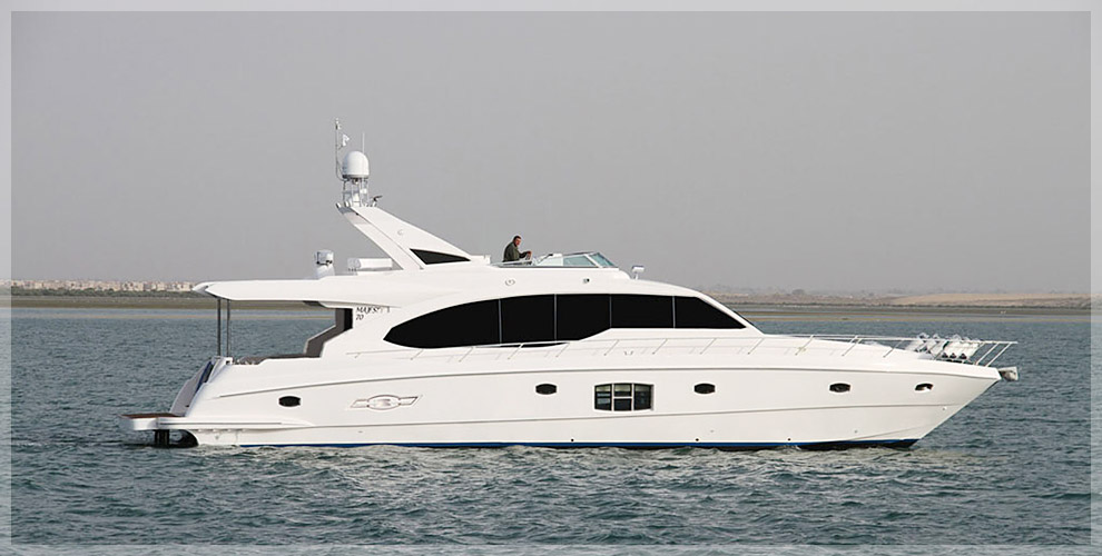 Majesty Yachts 70